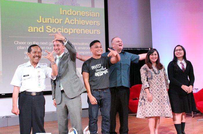 Citi Peka (Peduli dan BerKarya) bersama mitra pelaksana Prestasi Junior Indonesia (PJI) menggelar Ajang kompetisi kewirausahaan dan pembinaan di bidang keuangan. (dok. Citi Indonesia)
