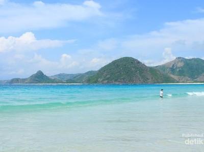 Aneka Pantai Romantis Buat Memadu Kasih di Lombok