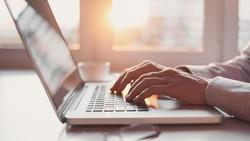 Keseringan Googling Soal Penyakit, Wanita Ini Jadi Paranoid