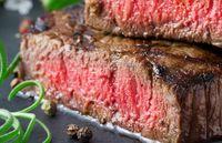 Ini Alasan dari Chef Mengapa Medium Rare Tingkat Kematangan Steak Terbaik