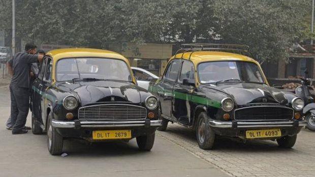 Jadi mobil taksi juga di India