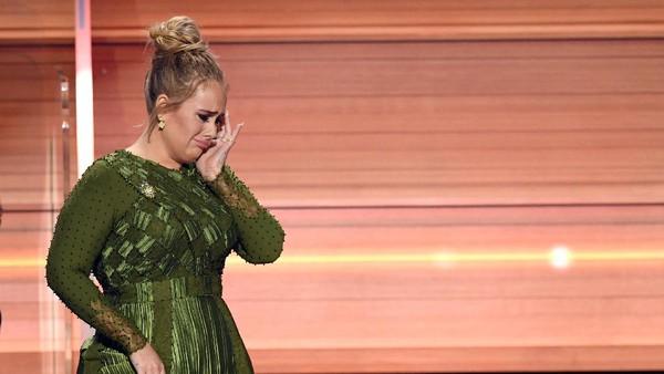 Pidato Mengharukan Adele untuk Beyonce di Grammy