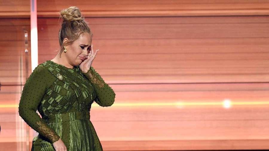 Melihat Lagi Adele Borong 3 Nominasi Utama Kedua Kalinya di Grammy