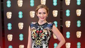 Parade Selebriti di Red Carpet BAFTA Awards 2014
