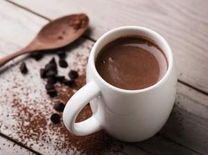 8 Racikan <i>Hot Chocolate</i> Ini Enak Dihirup Hangat Saat Cuaca Dingin