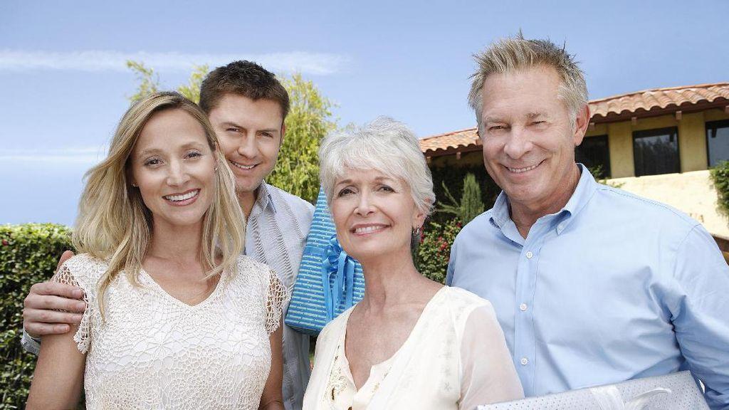 Calon Pengantin Harus Tahu, 5 Cara Agar Akur dengan Calon Mertua