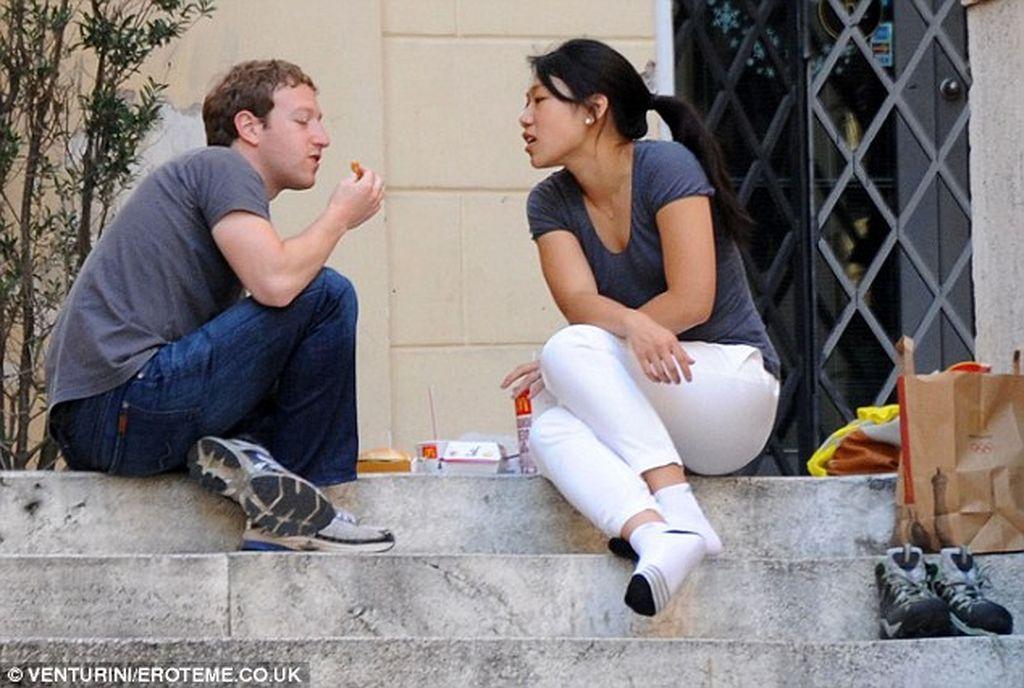 Sejak Facebook melantai di bursa saham pada tahun 2012, tiap tahun jumlah kekayaan Zuck bertambah sekitar USD 9 miliar. Saat ini, kapitalisasi pasar Facebook adalah USD 547 miliar. Foto: Getty Images