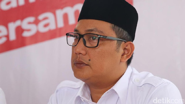 Timses Anies Laporkan Kontrak Palsu Syariat Islam ke Bawaslu DKI