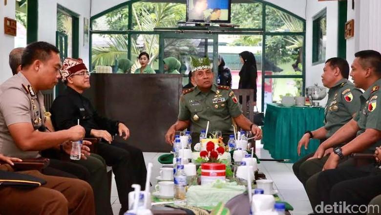 Pangdam V/Brawijaya Minta Prajurit TNI Tidak Terlibat dalam Pilkada