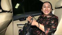 Jokowi Bentuk Pansel Pengganti Hakim MK Maria Farida