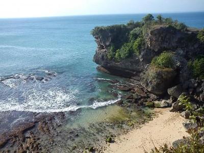 5 Pantai Anti Mainstream di Bali Untuk Long Weekend Kamu