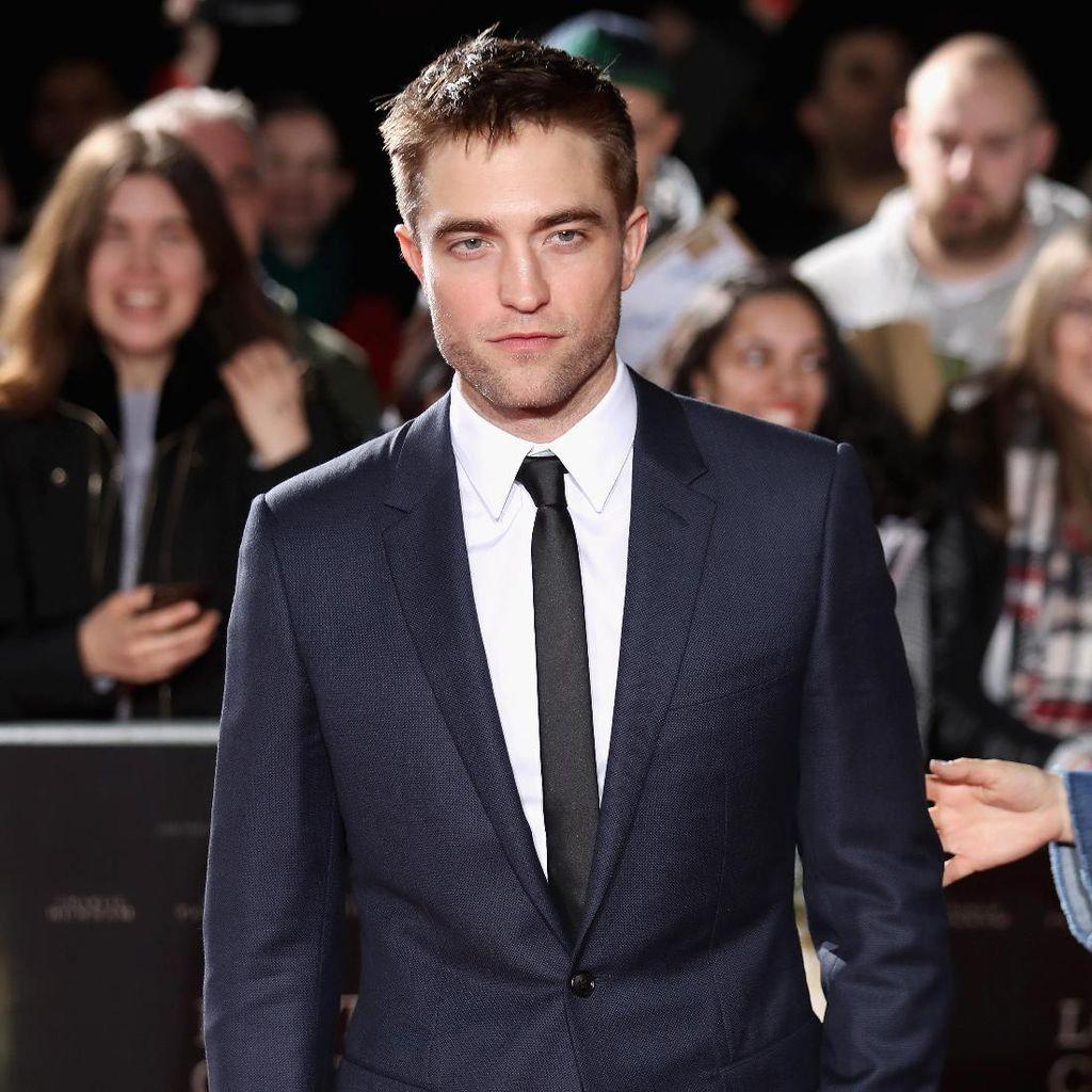 Punya Dagu Tegas, Robert Pattinson Dianggap Tepat Jadi Batman