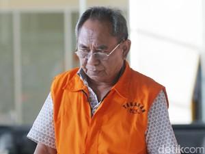 Terima Duit Korupsi P2KTrans, Charles Akui Khilaf dan Menyesal