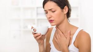 7 Cara Cegah Sakit Tenggorokan Berubah Jadi Flu dan Pilek