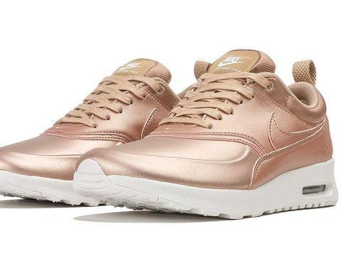 5 Sneakers Stylish Warna Rose Gold Yang Wajib Punya Di 2017
