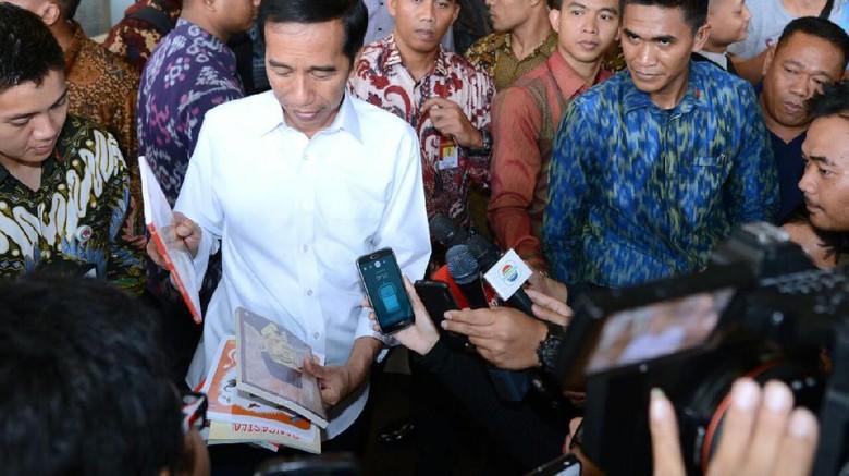Jokowi Minta RUU Perlindungan TKI Segera Diselesaikan