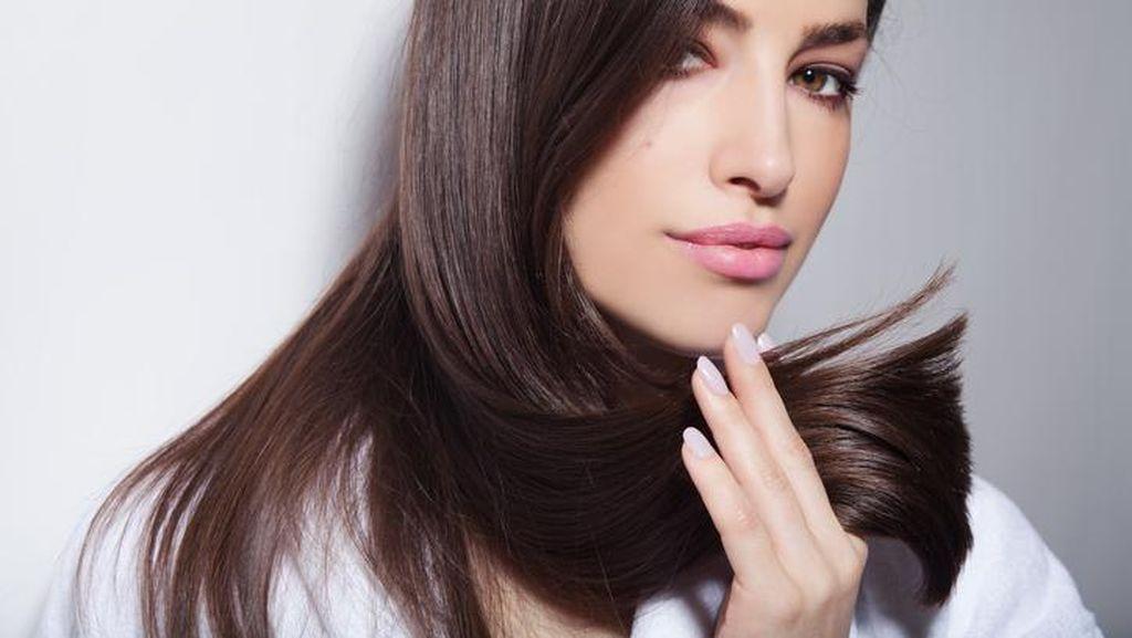 Tips Agar Tatanan Rambut Tahan Lama dari Penata Rambut Langganan Artis