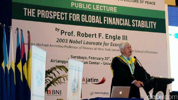Peraih Nobel ekonomi terima gelar Doktor Honoris Causa dari Unair