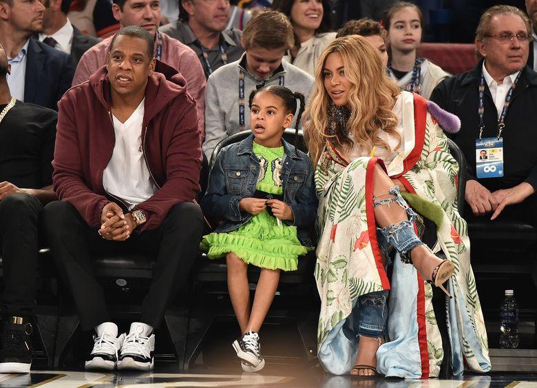 Beyonce saat menyaksikan pertandingan NBA All-Star di Louisiana, AS pada akhir pekan lalu. Theo Wargo/Getty Images/detikFoto.