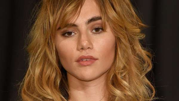 Sexy in Black ! Suki Waterhouse, Lily Donaldson dan Penelope Cruz