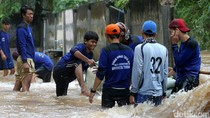 Dinas SDA DKI Siagakan 8.000 Pasukan Biru Atasi Banjir Jakarta
