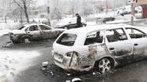 Kerusuhan di Swedia, Toko Rusak dan Mobil Dibakar