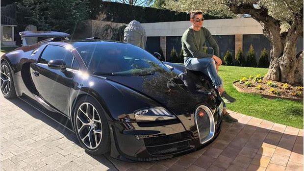 Ronaldo dan Bugatti Veyron