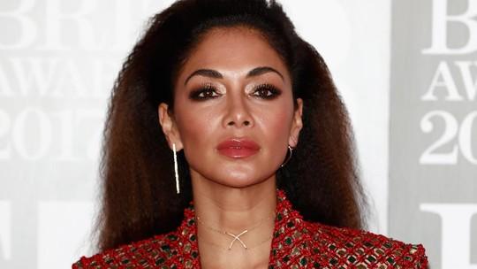 Gaya Super Seksi Nicole Scherzinger di BRIT Awards 2017