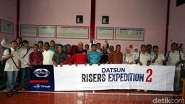 Risers Sumbang Perlengkapan Belajar untuk Madrasah