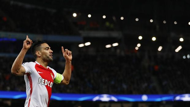 Falcao saat merayakan gol ke gawang lawan
