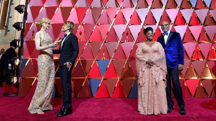 Moment Red Carpet yang Tak Bisa Disaksikan di Televisi