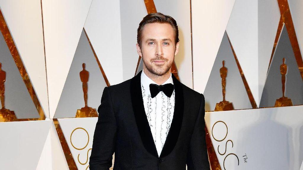 Perankan Astronot, Ryan Gosling Dikira Sang Anak Kerja di Bulan
