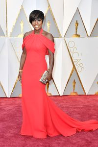 Peran Orangtua atas Kemenangan Viola Davis di Oscar 2017