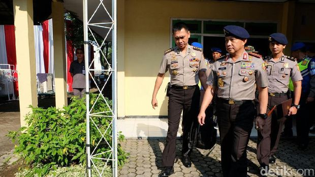 Kapolri Jenderal Tito Karnavian di Jember, Jawa Timur.