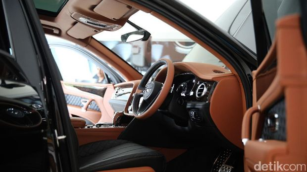 10 Orang Kaya Indonesia Sudah Pesan SUV Bentley