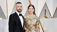 Justin Timberlake dan Jessica Biel juga terlihat sangat serasi di Dolby Theatre, California, AS pada Minggu (26/2/2017) waktu setempat. Frazer Harrison/Getty Images/detikFoto.