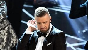 Ini Braspberry, Cara Justin Timberlake Makan Blueberry dan Raspberry