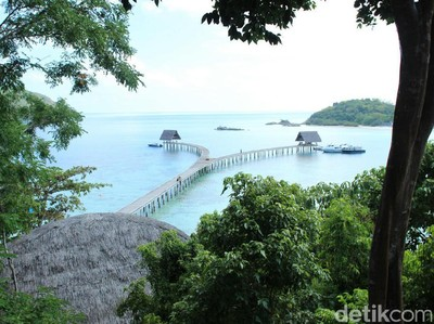 Video: Keindahan Pulau Bawah, Pulau Pribadi Terbaik di Dunia