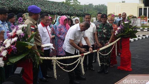 Menteri Pertahanan (Menhan) Ryamizard Ryacudu meresmikan pusdiklat Bela Negara di Bogor, Selasa (28/2/2017)
