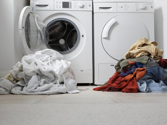 5 Perbedaan Mesin Cuci Bukaan Depan dan Bukaan Atas, Bunda Wajib Tahu