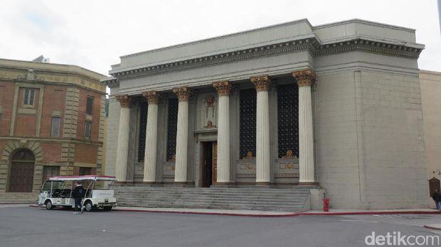 Serunya Tur Warner Bros Studio, Tempat Produksi Film-Film Hollywood Ternama