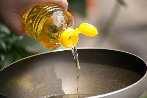 sayuran dalam minyak sayur