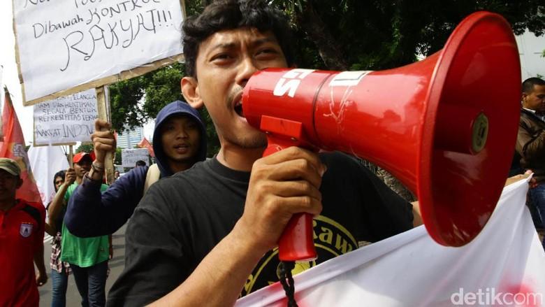 Mahasiswa Demo Soal Freeport di Kantor ESDM