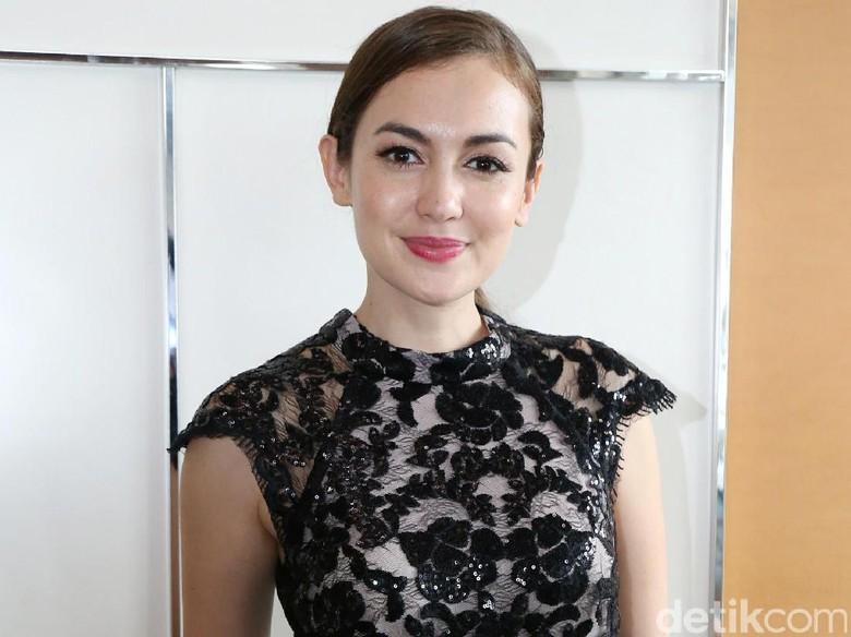 Perdana Bintangi Film Horor Bayi Gaib, Rianti Cartwright Sempat Cemas