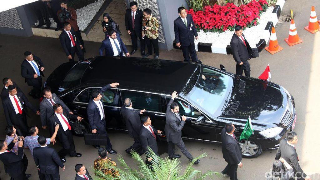 Ada 10 Orang Indonesia Punya Mobil Seperti Raja Salman