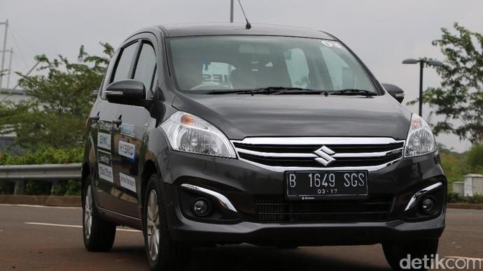 Menjajal Mobil Diesel Pertama Suzuki