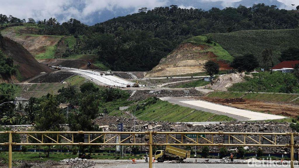 Pembangunan Bandara Hingga Tol di Lampung Dipercepat Jokowi
