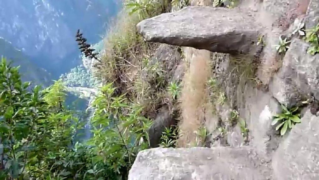 Ngeri! Peru Punya Jalan Kematian Berusia 600 Tahun