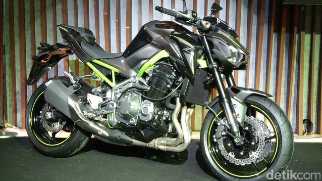 Harga Kawasaki Z900 Lebih Mahal Rp 13 Juta Dari Z800