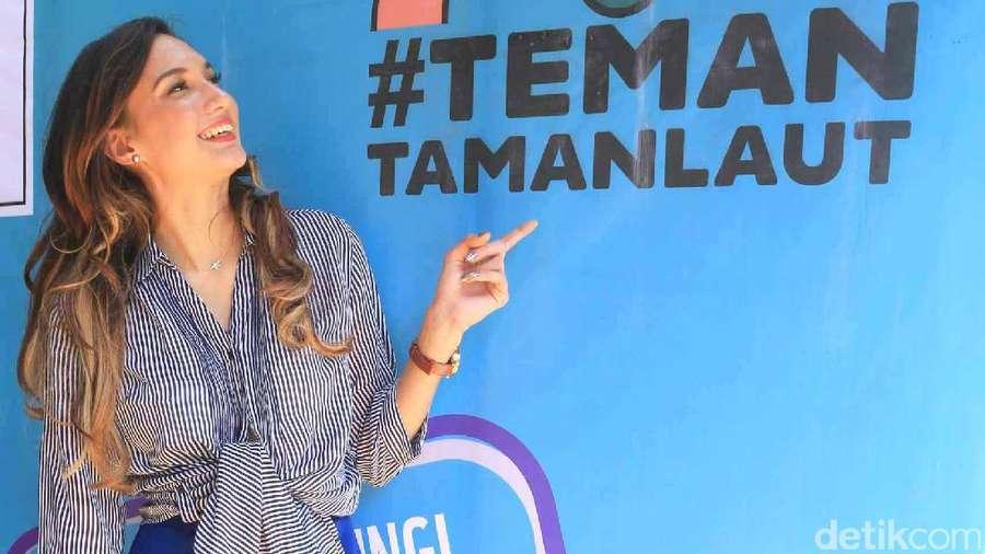 Yuk, Jaga Taman Laut Bersama Nadine Chandrawinata